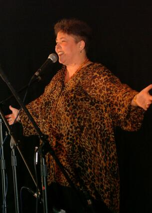 Click to view larger photo - Anique performing