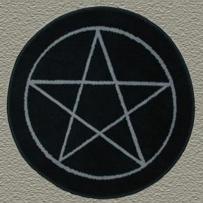 Esoteric Rug - Pentagram In Circle